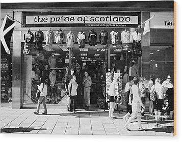 Pride Of Scotland Scottish Gifts Shop Princes Street Edinburgh Scotland Uk United Kingdom Wood Print by Joe Fox