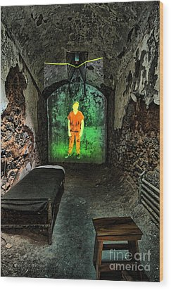 Prisoner Of The Soul Wood Print by Andrew Paranavitana