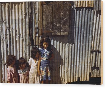 Puerto Rico. Children Of Tenant Farmers Wood Print by Everett