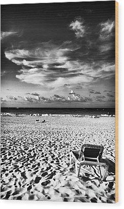 Punta Cana Lounge Wood Print by John Rizzuto