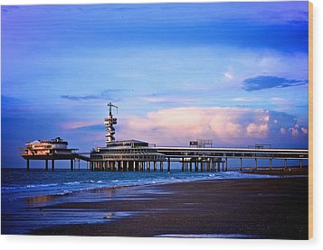 Purple Sunset Pier Wood Print by Catherine Murton