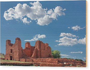 Quarai Ruins At Salinas Pueblo Missions National Monument Wood Print by Christine Till