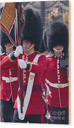 Queens Guards Wood Print