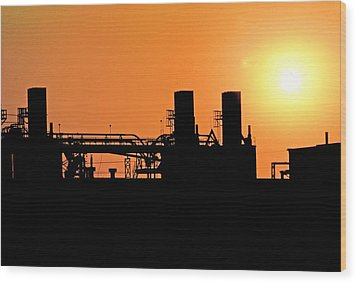 Wood Print featuring the photograph Quitting Time by Mike Flynn