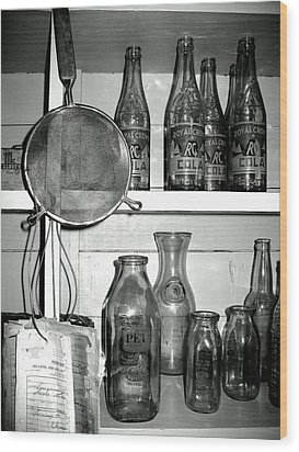 Wood Print featuring the photograph R C Cola by Lyn Calahorrano