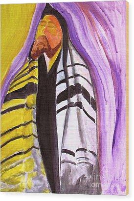 Rabbi Praying With Kabbalah Wood Print by Stanley Morganstein