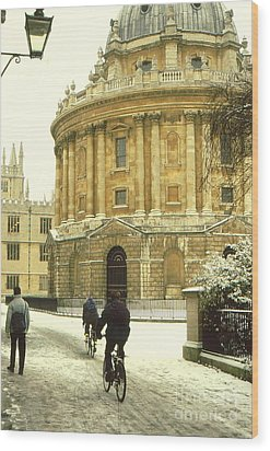 Radcliffe Camera In The Snow Wood Print