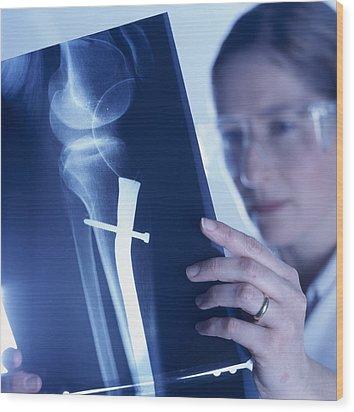 Radiologist Wood Print by Tek Image