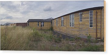 Raf Breighton O Club Wood Print by Jan W Faul