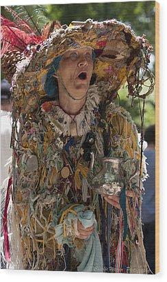 Rag Lady Begging Wood Print by Charles Warren