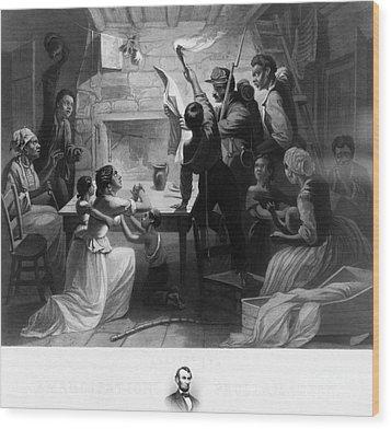 Reading Emancipation Proclamation Wood Print by Photo Researchers