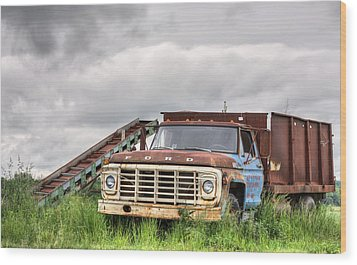 Ready For The Harvest Wood Print by JC Findley