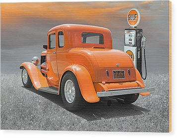 Ready To Cruise Wood Print by Stephen Warren