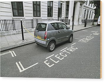 Recharging An Electric Car Wood Print by Martin Bond