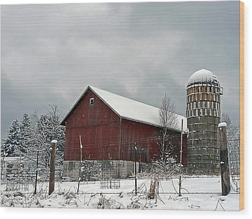 Wood Print featuring the photograph Red Barn In Winter by Judy  Johnson