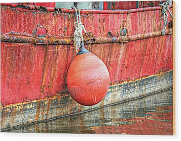 Red Boat With Bumper Wood Print