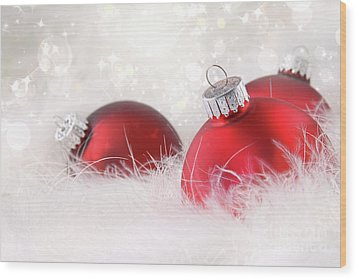 Red Christmas Balls In White Feathers  Wood Print by Sandra Cunningham