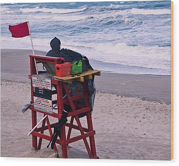 Red Flag Day Wood Print by Roger Wedegis