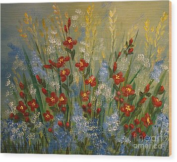 Red Flowers In The Garden Wood Print