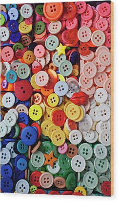 Red Lips Button Wood Print by Garry Gay