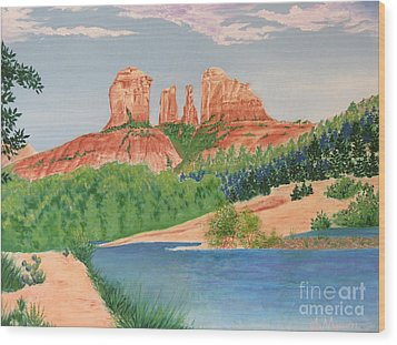Red Rock Crossing Wood Print by Aimee Mouw