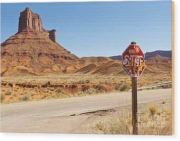 Red Rock Stop Wood Print by Bob and Nancy Kendrick