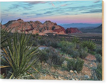 Red Rock Sunset II Wood Print
