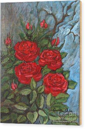 Red Roses In Old Garden Wood Print by Anna Folkartanna Maciejewska-Dyba