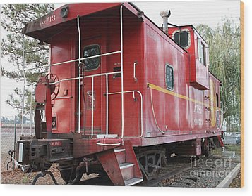 Red Sante Fe Caboose Train . 7d10330 Wood Print by Wingsdomain Art and Photography
