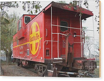 Red Sante Fe Caboose Train . 7d10332 Wood Print by Wingsdomain Art and Photography