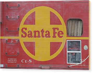 Red Sante Fe Caboose Train . 7d10333 Wood Print by Wingsdomain Art and Photography