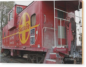 Red Sante Fe Caboose Train . 7d10334 Wood Print by Wingsdomain Art and Photography