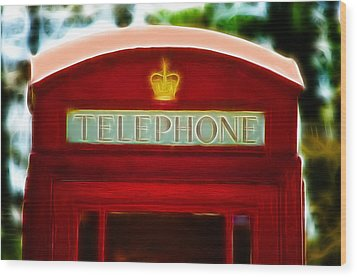 Red Telephone Box Wood Print by Chris Thaxter