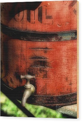 Red Weathered Wooden Bucket Wood Print by Paul Ward
