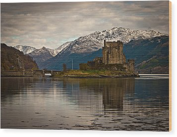 Reflection At Eilean Donan Wood Print