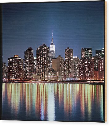 Reflection Of Skyline Wood Print by Shi Xuan Huang Photography