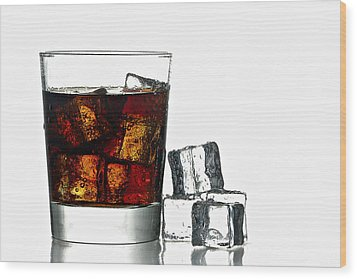 Refreshment Wood Print by Gert Lavsen