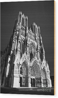 Reims Cathedral Wood Print