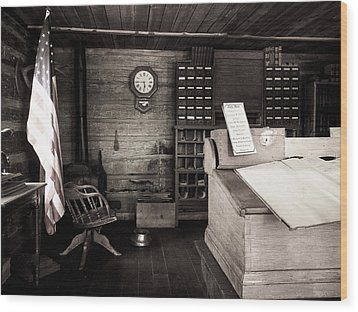 restored early Colorado Court house Wood Print