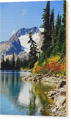 Rhor Lake Wood Print
