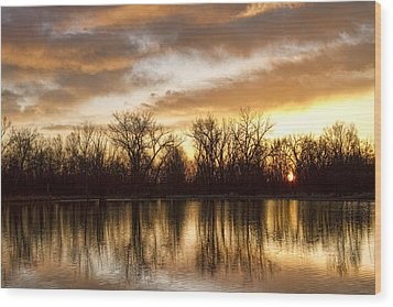 Rising Sun At Crane Hollow Wood Print by James BO  Insogna