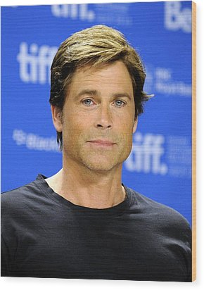 Rob Lowe At The Press Conference Wood Print by Everett