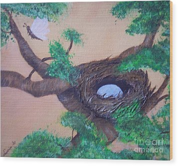 Robin's Nest Wood Print by Lucia Grilletto