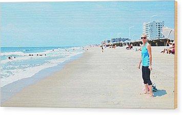 Wood Print featuring the photograph Rockaway Beach Sparkle by Maureen E Ritter