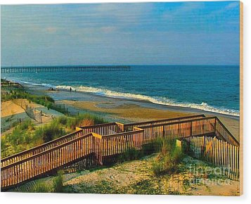 Rodanthe On The Outer Banks Wood Print by Julie Dant