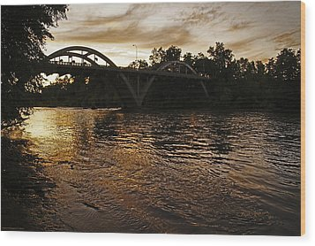 Rogue River Sunset Wood Print by Mick Anderson