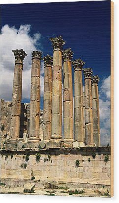 Roman Ruins At Jerash, Jordan Wood Print by Richard Nowitz