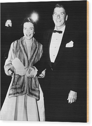 Ronald And Nancy Reagan Attended Wood Print by Everett