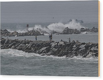 Rough Seas To Block Island Wood Print