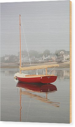 Ruby Red Catboat Wood Print